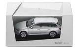 Superb III combi - 1/43 BRILLIANT SILVER metallic diecast model - Skoda Auto,a.s. Click to view details.