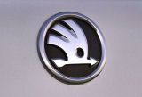 Fabia II 07-13 - REAR emblem in new 2012 design Click to view details.