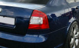 Octavia II 04-11 - oem CLEAR facelift taillights Click to view details.